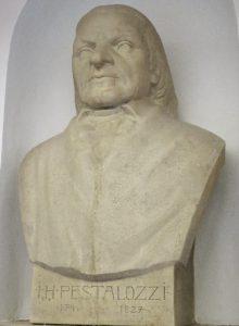 Büste von Pestalozzi im Rektorat